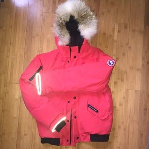 Canada Goose Rundle Bomber Youth size XL (18)